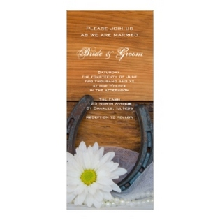 horseshoe-wedding-invitations