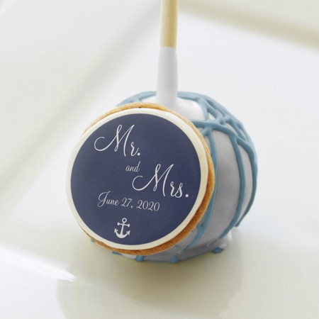 personalized wedding cake pops as favors