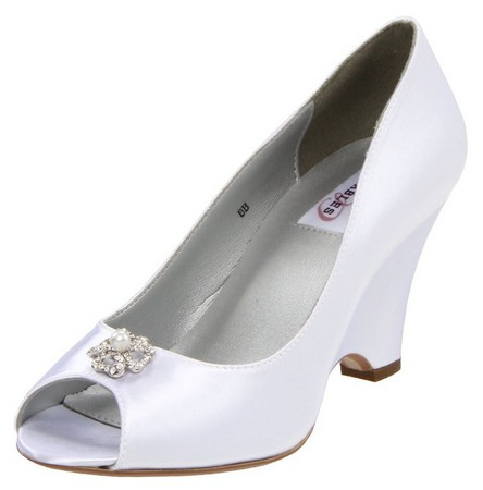 dyeable-wedge-wedding-shoes